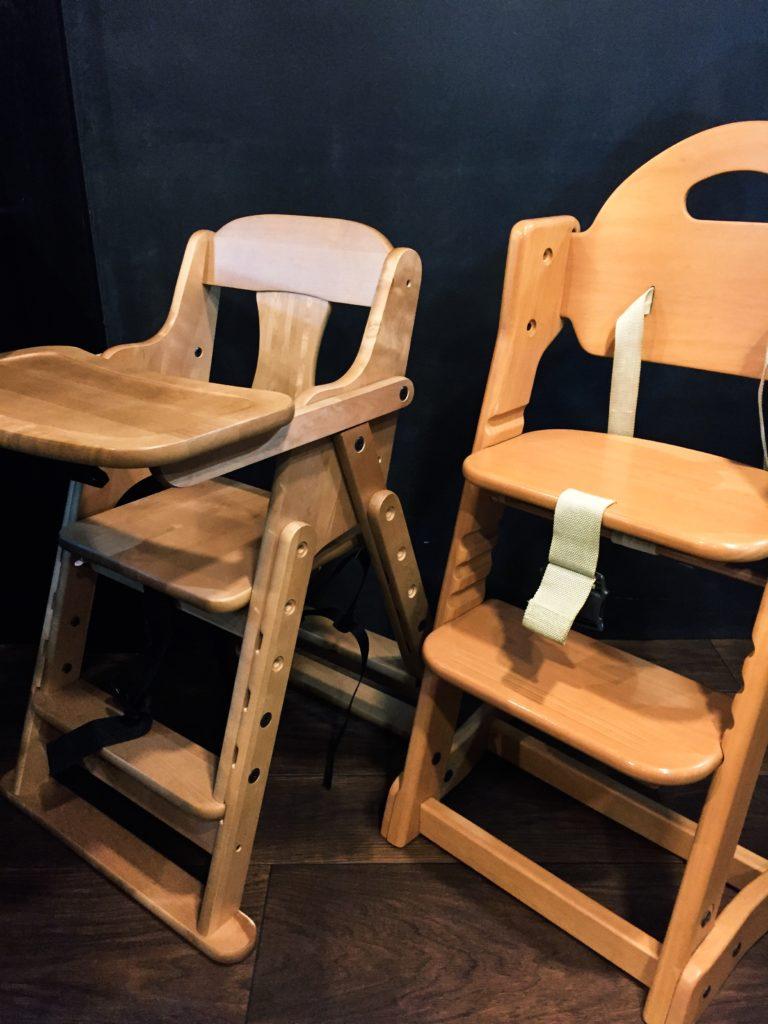 お子様用椅子導入致しました