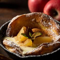 ダッチベイビー「バニラアイスとりんごのコンポート」